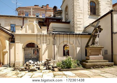 Church and Statue depicts Jesus Christ carrying the cross to his crucifixion