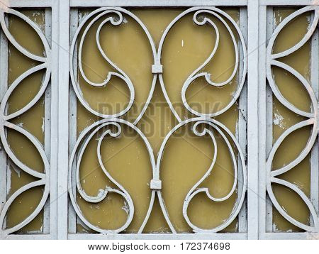 the real flowers iron gates on stree