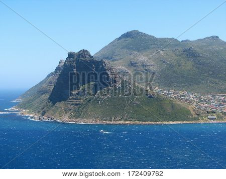 VIEW OF HOUT BAY, CAPE TOWN SOUTH AFRICA 13atr