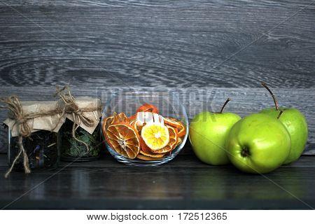 Food and beverages: tea, apple, orange, flower petals, lunch, breakfast, dinner