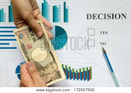 Female gave the money to business man for curruption in the decision