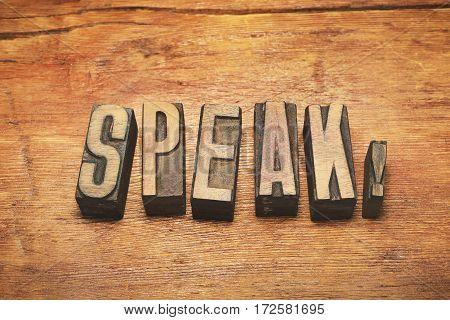 Speak Wood Vintage