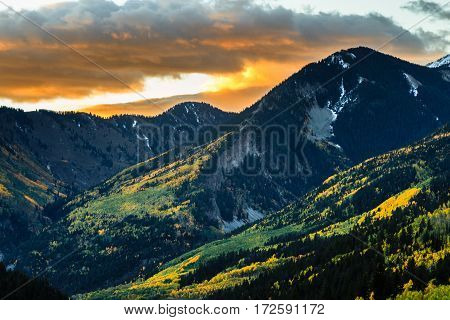 Autumn sunrise in the Elk mountains of Colorado