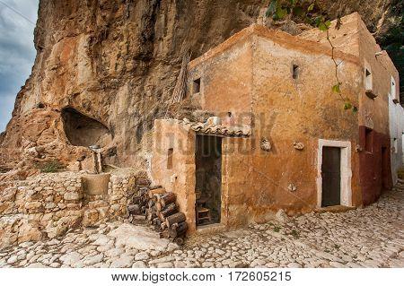 Custonaci Trapani Sicily - Mangiapane Caves