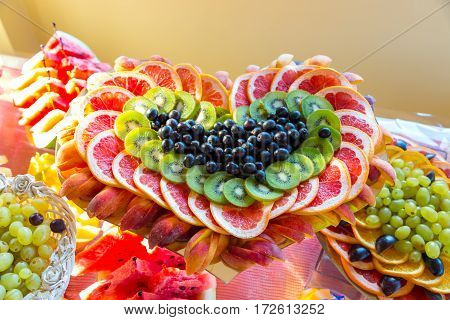 Fruits and vegetables in the form of heart