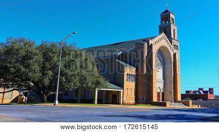 First Baptist church downtown Pensacola Florida .