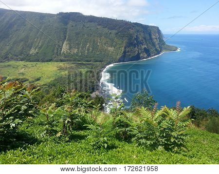 Overlook of tropical Waipio Valley on Big Island of Hawaii