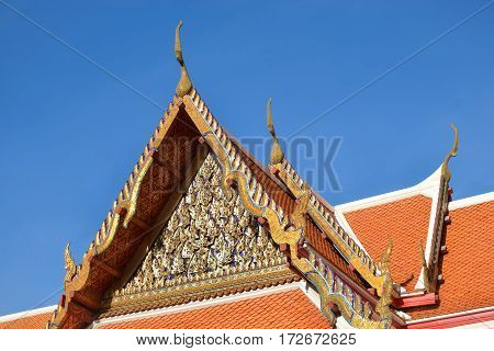 Roof top apex Architecture Thai temple with blue sky