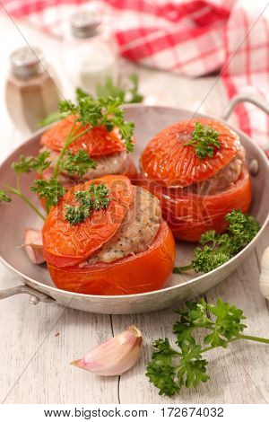 baked tomato with meat