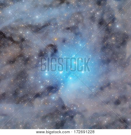 Pleiades star cluster in nebulosity from star-dust.