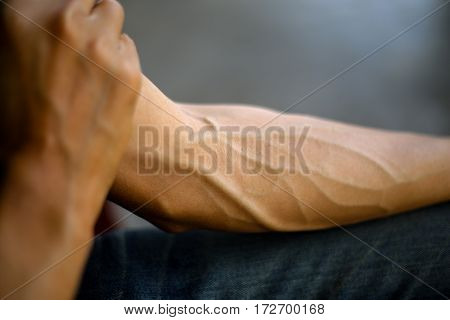 Arms full of tendons, Tendons on the forearm