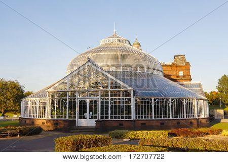 The People's Palace, Glasgow, a large botanic garden