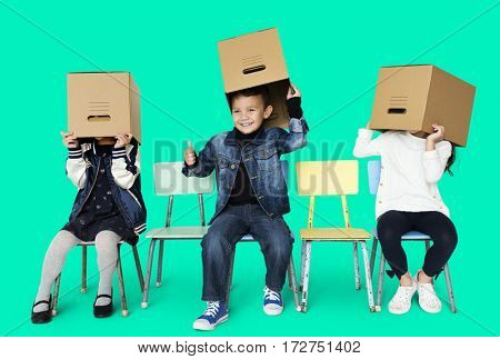A kids and a boxes game