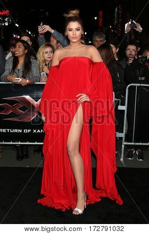 LOS ANGELES - JAN 19:  Ariadna Gutierrez at the