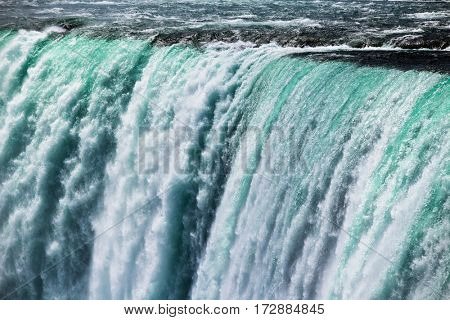 Close-up image of Nigara Falls, Power of falls