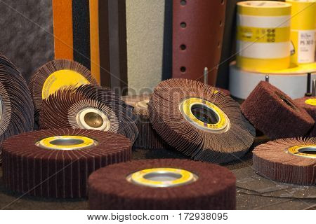 grinding wheels for metal, glass, wood and ceramics
