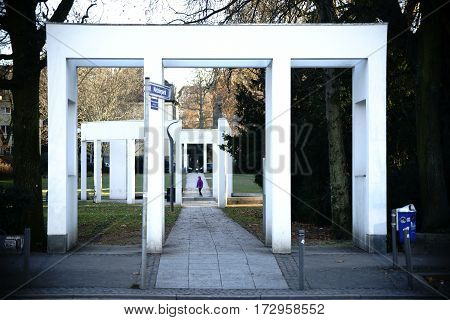 The entrance to the Metzler park in Frankfurt on the Museum Shore.