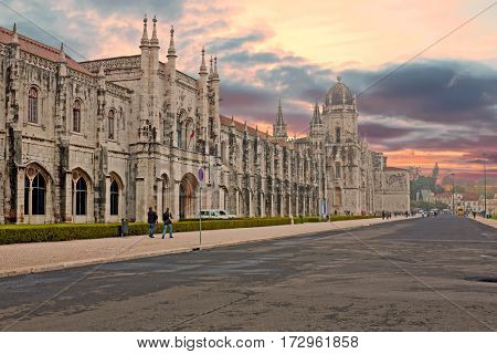 The Monastery of St. Jeronimos, is one of the most famous monuments in Portugal, built in the manueline style. It is located in Lisbon , Portugal