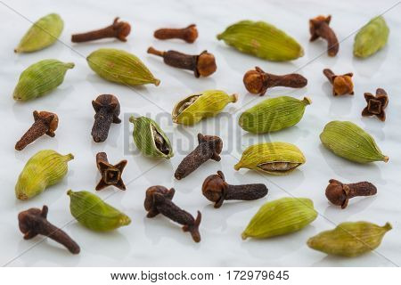 Aromatic Cardamom And Cloves