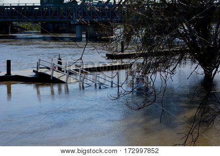 High river Lathrop ca moss dale landing