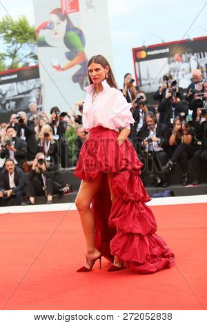 Bianca Balti walks the red carpet ahead of the 'The Sisters Brothers' screening during the 75th Venice Film Festival on September 2, 2018 in Venice, Italy.