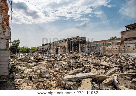 Earthquake Or War Aftermath Or Hurricane Or Other Natural Disaster, Broken Ruined Abandoned Building
