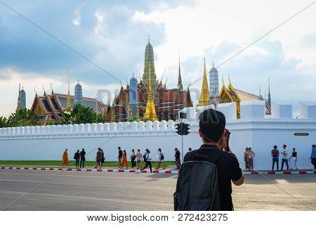 Bangkok, Thailand - November 10, 2017 : Beautiful Grand Palace & Wat Phra Keaw (wat Phra Sri Rattana