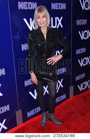 LOS ANGELES - DEC 05:  Joanna Cassidy arrives to the