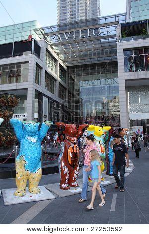 United Buddy Bears at Pavilion mall entrance