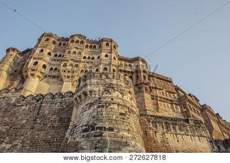 Jaisalmer, India. The Golden Maharaja Palace In Fort Jaisalmer. Jaisalmer Fort Is One Of The Largest