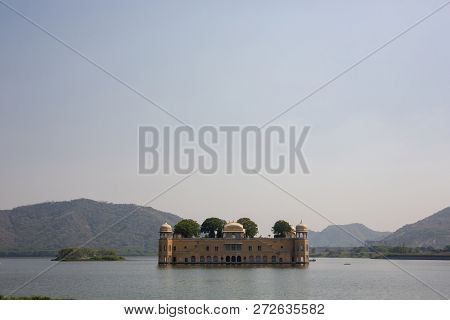 Jal Mahal (meaning