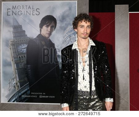 LOS ANGELES - DEC 5:  Robert Sheehan at the