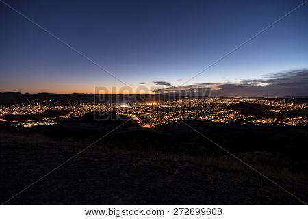 Dusk hilltop view of Simi Valley near Los Angeles in Ventura County, California.