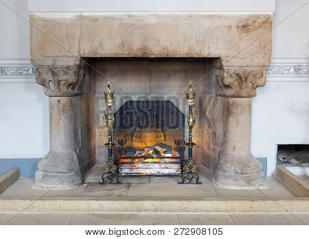 Stirling Castle, Scotland - May 19 2018: Medieval Room Of Stirling Castle With Marble Hearth And Fir