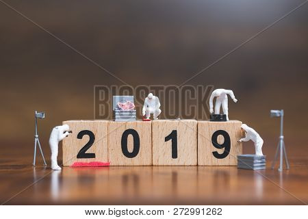 Miniature People :crime Scene Investigation On Wooden Block Number 2019
