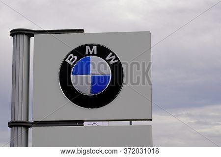 Bordeaux , Aquitaine / France - 10 30 2019 : Bmw Dealership Logo Store Sign Luxury Automakers Shop