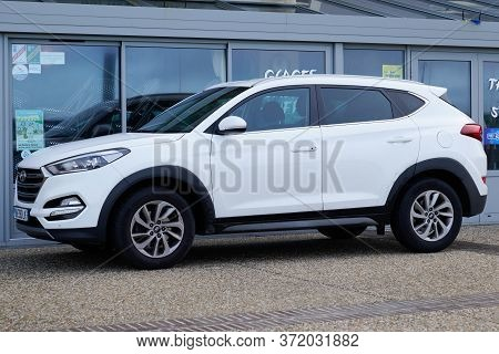 Bordeaux , Aquitaine / France - 02 01 2020 : Hyundai Tucson White Modern New Suv Car Vehicle