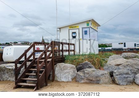 New Brighton, Uk: Jun 3, 2020: A Lifeguards Cabin Is Seen Here Outside Of Duty Hours At New Brighton
