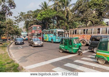 Dhaka, Bangladesh - November 20, 2016: Traffic On A Street In Dhaka, Bangladesh