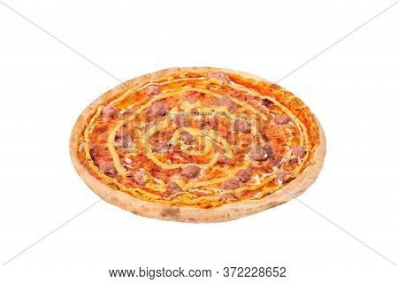 Salsiccia Pizza With Beef Sausages, Mozzarella, Various Sauces And Marinated Red Onions. Italian Tas