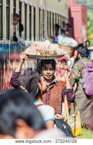 Naung Peng, Myanmar - November 30, 2016: Food Vendors On The Train Station In Naung Peng Near Goktei