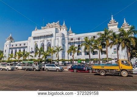 Yangon, Myanmar - December 15, 2016: Traffic In Front Of Yangon City Hall.