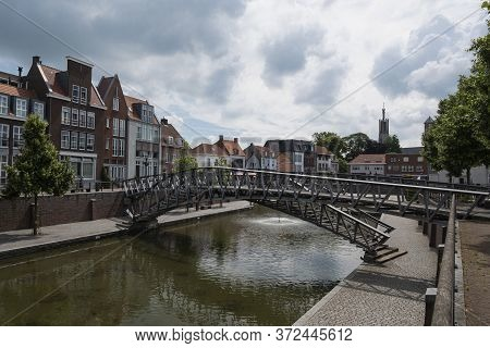 Hulst, The Netherlands June 20, 2020, Cityscape Of The Historic Fortified Town Of Hulst With The Bas