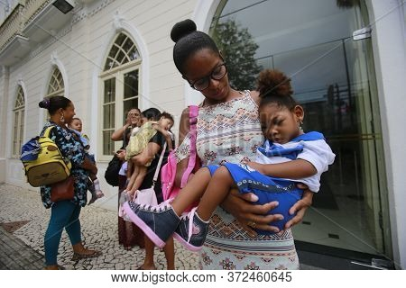 Salvador, Bahia / Brazil - April 17, 2018: Children With Microcephaly Are Seen Seeking Justice At Th