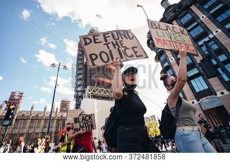 London / Uk - 06/20/2020: Huge Crowd Of Black Lives Matters Protesters Heading To Trafalgar Square,