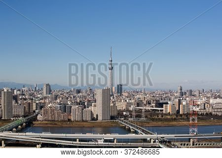 Tokyo - Jan 11 , 2017 : View Of Tokyo Sky Tree (634m) , The Highest Free-standing Structure In Japan