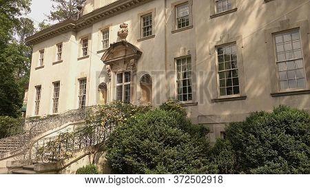 Beautiful Mansion Called Swan House In Atlanta - Atlanta, Georgia - April 21, 2016
