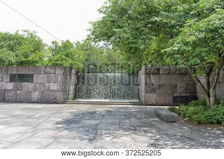 Usa, Washington 21,06,2016 The Franklin Delano Roosevelt Memorial Is A Presidential Memorial In Wash