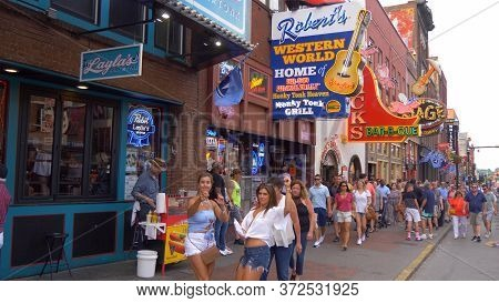 Famous Broadway In Nashville - Nashville, Usa - June 17, 2019