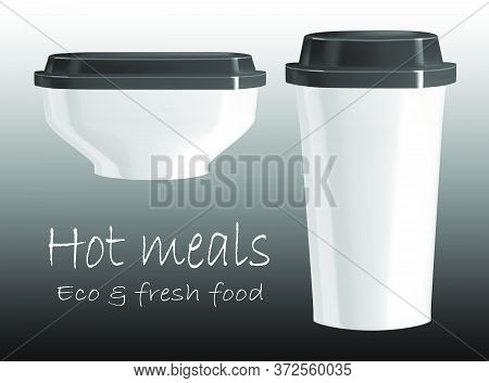 Vector Realistic Illustration Of A Plastic Cup And Plate With Covers. Disposable Tableware For A Qui